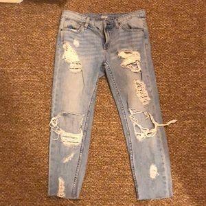 BDG urban outfitter boyfriend jeans